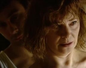 Kamila Magalova, Barbora Mottlova - Zasazeni bleskem (2010) Celeb booby super-hot episode