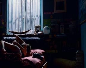 Martina Pinto, Agnese Claisse - Una canzone per te (2010) celeb nude fun bags