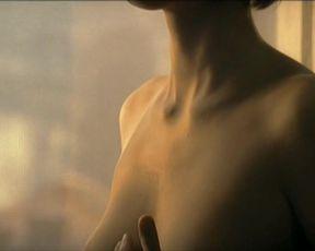 Malgorzata Bela - Ono (2004) actress bare-breasted sequence