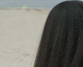 Jordan Kristine Seamon, Beatrice Barichella, Francesca Scorsese - We Are Who We Are s01e02 (2020) celebrity luxurious flick