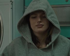 Bella Thorne - Woman (2020) actress booby movie