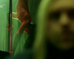 Vica Kerekes, Jana Kolesarova - Rumbling (Buraceni) (2015) celeb bare udders