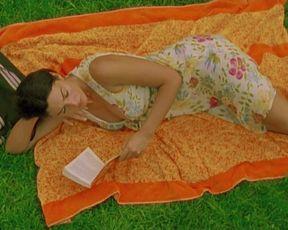 Monica Bellucci â Irreversible - Inversion Integrale (2020) actress naked baps episode
