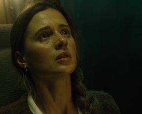 Agnieszka Grochowska, Samantha Ressler â Yankee Fantasy (2021) celeb A cool sequence