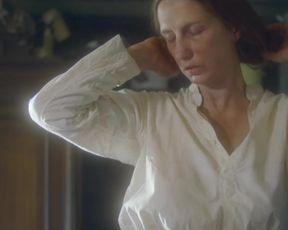 Elena Medvedeva - The Mantis (Bogomol) (2016) celeb A fantastic episode