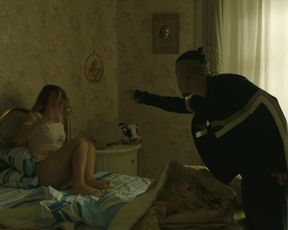 Federica Altamura - Gomorra s04e06 (2019) actress a sans bra sequence from the flick