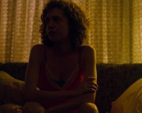 Taina Muller, Camila Morgado, and other - Supreme Morning, Veronica s01e01-08 (2020) actress a without bra vignette from the flick