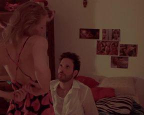 Juliane Elting - Cafe da Manha (2012) celebs bare gig from the vid