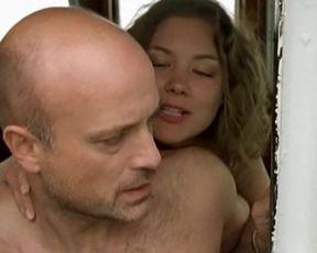 Cordelia Wege - Erste Liebe (2002) actress bare vignette