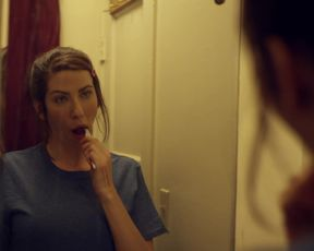 Kristin Wallace, Lyndsy Fonseca - Moments of Clarity (2016) actress udders gig