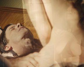 Bella Camero, Cristina Lago - Magnífica 70 s03e01e03e04e09 (2018) actress without bra episode
