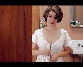 Alyssa Milano Bare Episode In Embrace of the Vampire Vid Celebs Nude