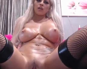 Succulent blond in lube hump herself with two playthings