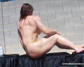 EroticMuscleVideos BrandiMae Ripped Well-Greased Body
