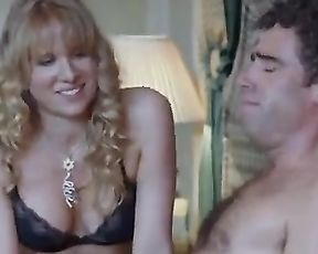 Lucy Punch hot - Festival (2005)