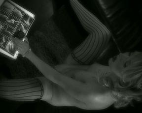 Jeanie Masturbating - SexyNoir