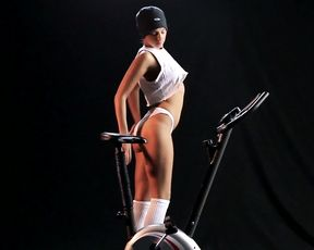 Melena A Hot Video-The-Work-Out
