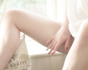 SEXY TINA SUMMER MOMENT - Masturbation Solo Video