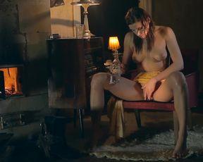 Victoria Daniels masturbating - Rainy Monday