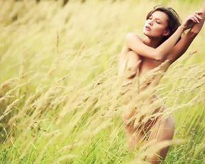 Nude Art - Model On