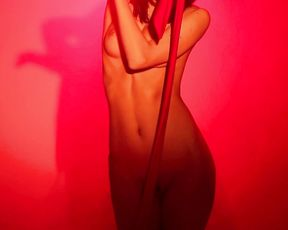 Nude Art Studio - Red Antract