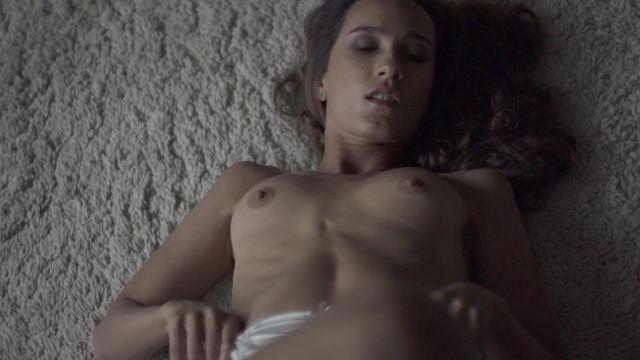 Nackt  Miranda Austin Julianne Hough
