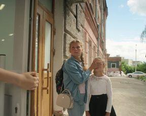 Hannusya Yarmolenko, Karina Cherchevych naked - Sex, Insta i ZNO s01e01e07-09 (2020)