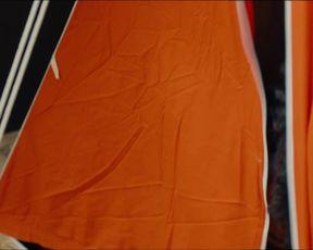 Loriane C Klupsch naked - OVNI(s) s01e11 (2021) TV show