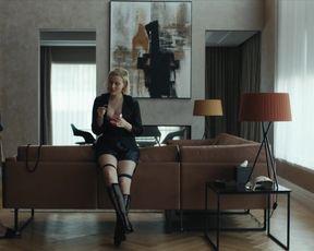 Julia Goldani Telles sexy - The Girlfriend Experience s03e04 (2021) TV show