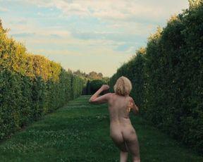 Eleanore Pienta hot explicit nudity scene - Plaisir (2021)