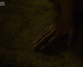 Franziska Weisz sexy - Girl Meets Boy (2020)
