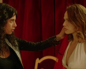 Laura Chiatti, Antonia Liskova, Jun Ichikawa, Chiara Francini sexy - Addio al nubilato (2021) hot and lesbian kiss scene