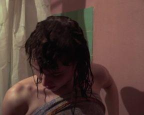 Marie Tragousti - Nackte Tiere (2020) celeb nude videos
