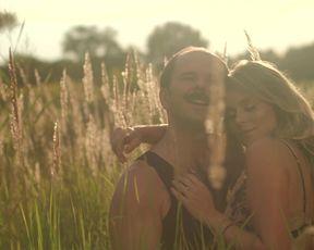 Magdalena Kajrowicz naked - Bede z nia (2021) nude movie scene