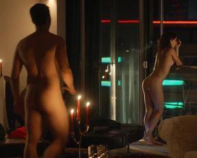 Cosima Henman naked - Extraklasse 2+ (2021) nude scene