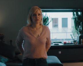 Laura Tonke nackte - Letzte Spur Berlin (2021) nude & sex scene