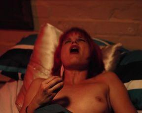 Bianka Hartenstein nude - Fried Barry (2020)