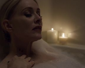 Barbara Crampton sexy - Jakob's Wife (2021) Hude Sex scene