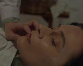 Aleksandra Szczepanowska nude - Touch (2020)