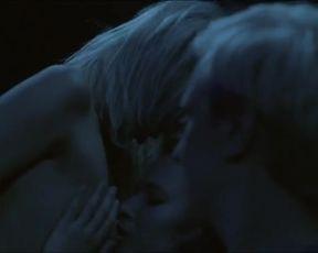 Hot scene Agnieszka Zulewska, Monika Pokorska Nude – Fragmenty (2014)