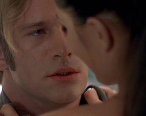 Hot scene Paulina Porizkova nude – Thursday (1998)