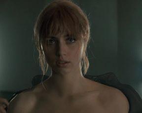 Naked scenes Mackenzie Davis Nude - Blade Runner 2049 (2017)