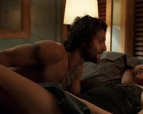 Hot actress Teresa Palmer Sexy - Lights Out (2016)
