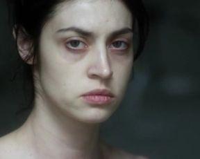 Hot scene Violetta Schurawlow, Stephani Burkhard Nude - Die Holle - Inferno (2017)