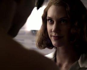 Sexy Lauren Lee Smith Nude - Hindenburg (DE 2011)
