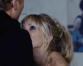 Sexy Sienna Miller Nude - Alfie (2004)