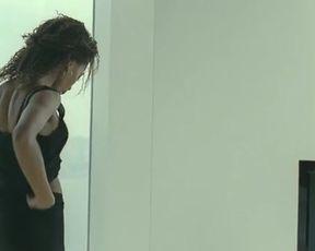 Hot scene Nicole Beharie - Shame (UK 2011)