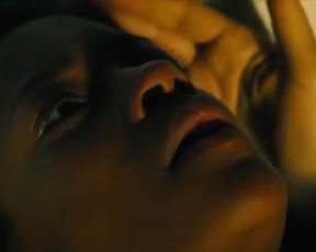 Hot scene Naomie Harris Nude - Our Kind of Traitor (2016)