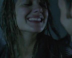 Hot scene Melanie Laurent Nude - Je vais bien, ne t'en fais pas (2006)