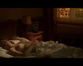 Hot scene Julie Depardieu Nude - Les témoins (2007) solo